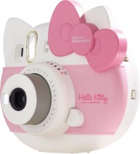 Test Digitalkameras mit Batterien - Instax mini Hello Kitty