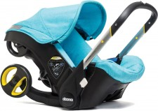 Test Kindersitze - Simple Parenting Doona mit Isofix-Basis